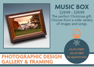 Photographic Design Gallery & Framing, Shopping in Racine