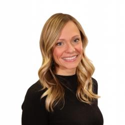 Carolyn Buss expert realtor in Louisville, KY