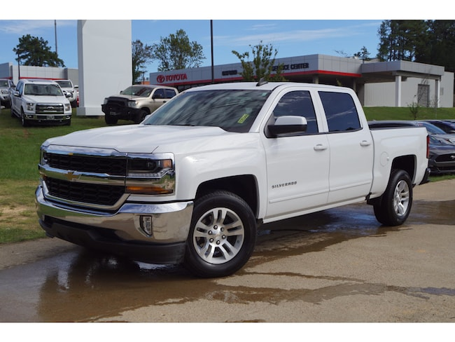 Used 2017 Chevrolet Silverado 1500 LT w/1LT 4x2 Crew Cab 5.75 ft. box 4x2 LT Crew Cab 5.8 ft. SB 8 Cylinder in Oxford, MS