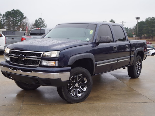 Used 2006 Chevrolet Silverado 1500 LS 4x4 Crew Cab 5.75 ft. box 143.5 LS2 Crew Cab 5.8 ft. SB 8 Cylinder in Oxford, MS