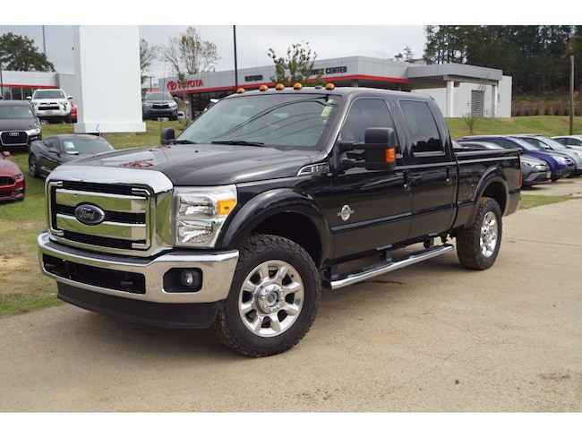 Used 2015 Ford F-250 Super Duty Lariat 4x4 SD Crew Cab 6.75 ft. box 4x4 Lariat Crew Cab 6.8 ft. SB Pickup 8 Cylinder in Oxford, MS